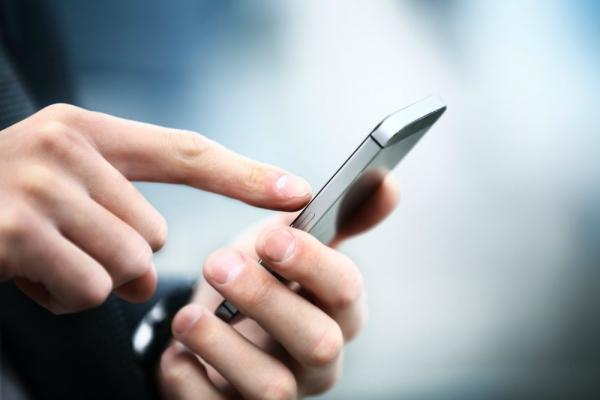 4 problemas de saúde causados pelo uso excessivo de celulares