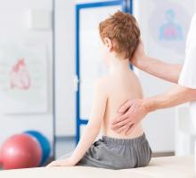 Como sua clínica pode inovar no tratamento da escoliose?